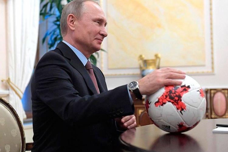 Путин всей душой болел за сборную России — Песков