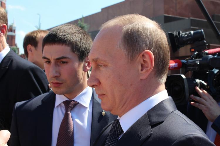 Путин утвердил повышение пошлин за документы нового образца