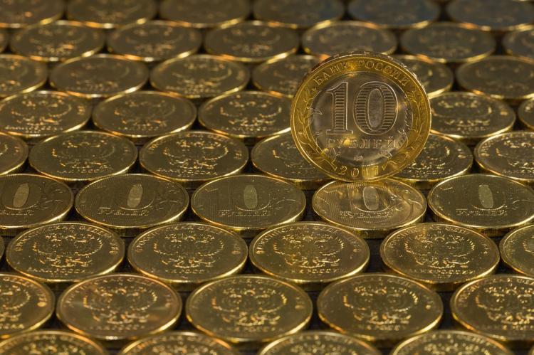 Рубль оказался самой слабой валютой