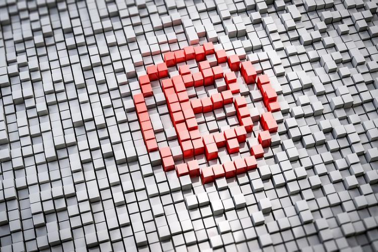 Facebook отказался от рекламы криптовалюты и ICO