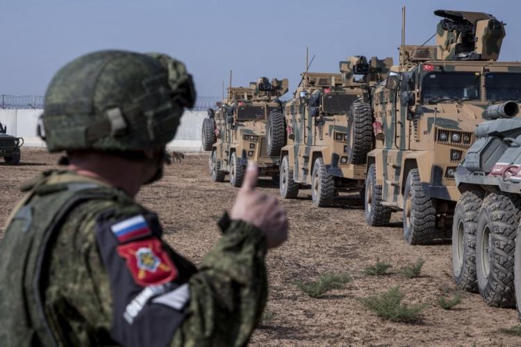 СШАзаблокировали проход военного конвоя РФчерез пропускной пункт вСирии