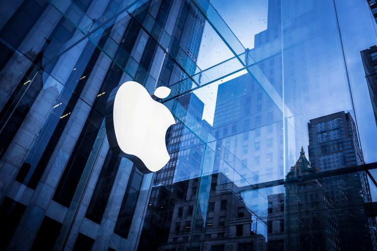 ЕС может обязать Apple изменить разъем в iPhone