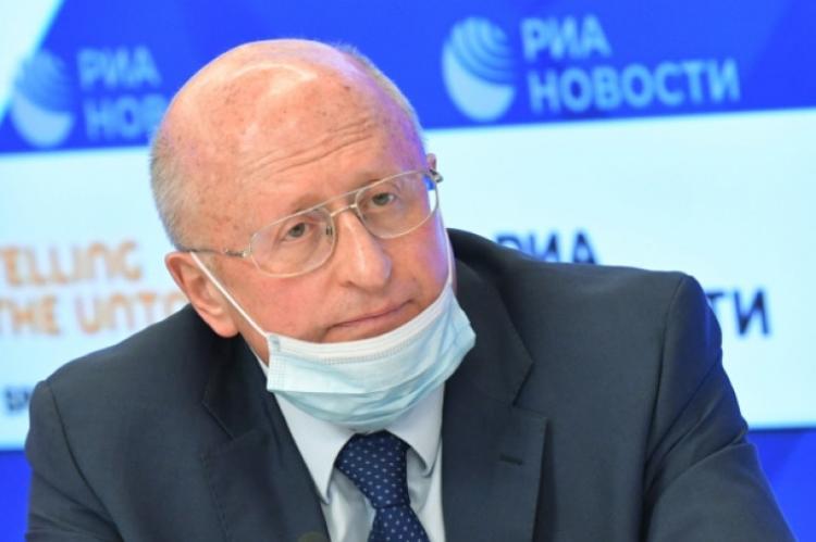 Гинцбург заявил о попытках перекупить ученых центра Гамалеи