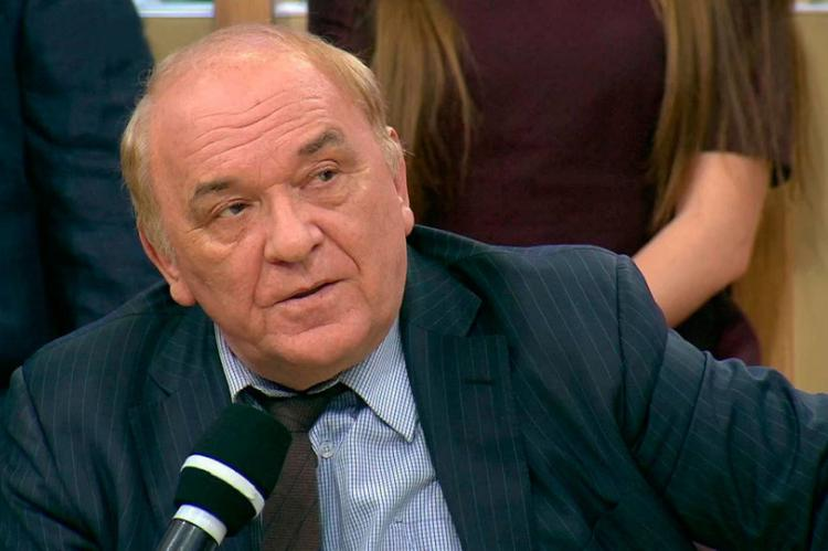 Военный обозреватель назвал борьбой перекрытие Россией Керченского пролива