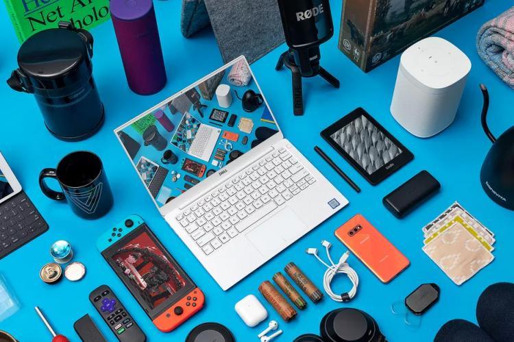 Набор электронных изделий