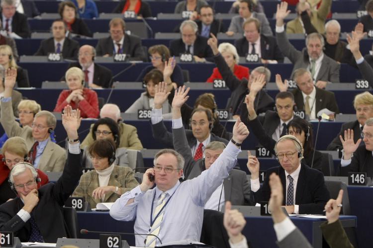 Европарламент сформулировал пять принципов выстраивания отношений с Россией