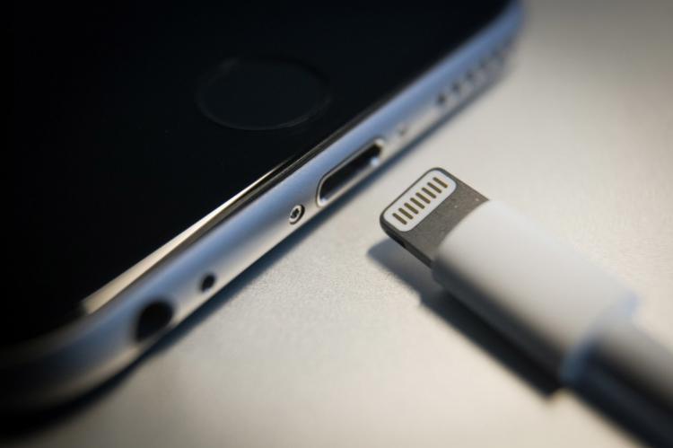 Apple выпустит полностью беспроводной iPhone к 2021 году - TF Securities