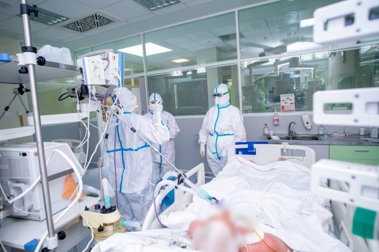 Учёный назвал заболевание, снижающее вероятность заражения COVID-19