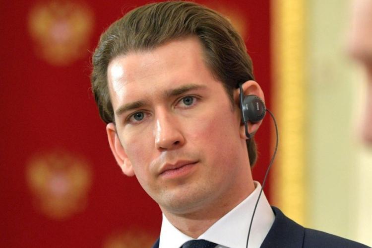 Канцлер Австрии назвал Москву важнейшим торговым партнером Вены