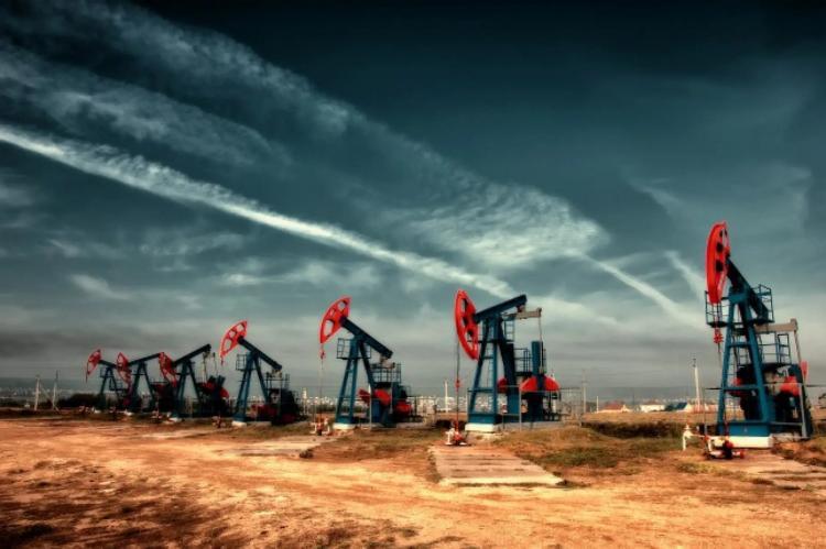 Панорама добычи нефти