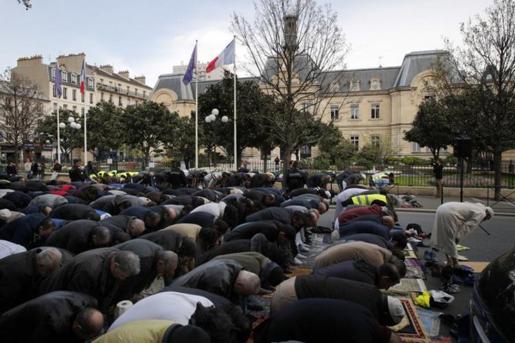 Мусульмане в Париже