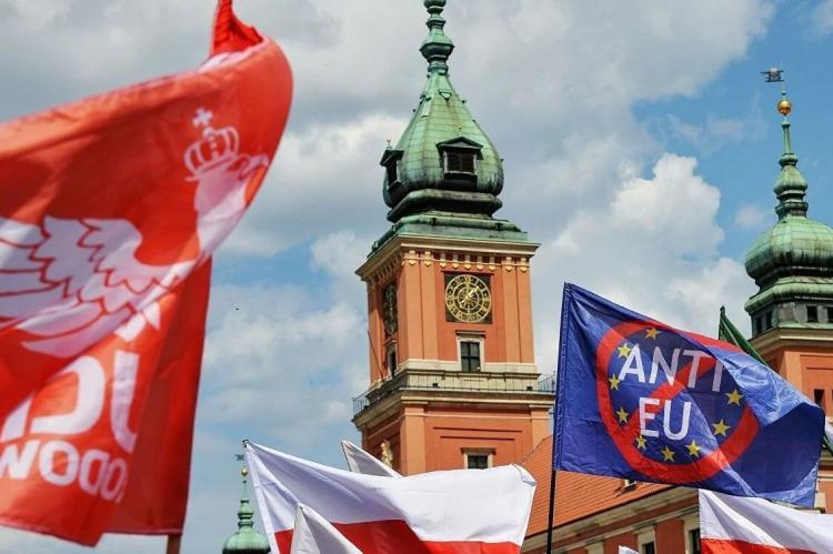 Жители Болгарии поддержали возможный выход Польши из Евросоюза