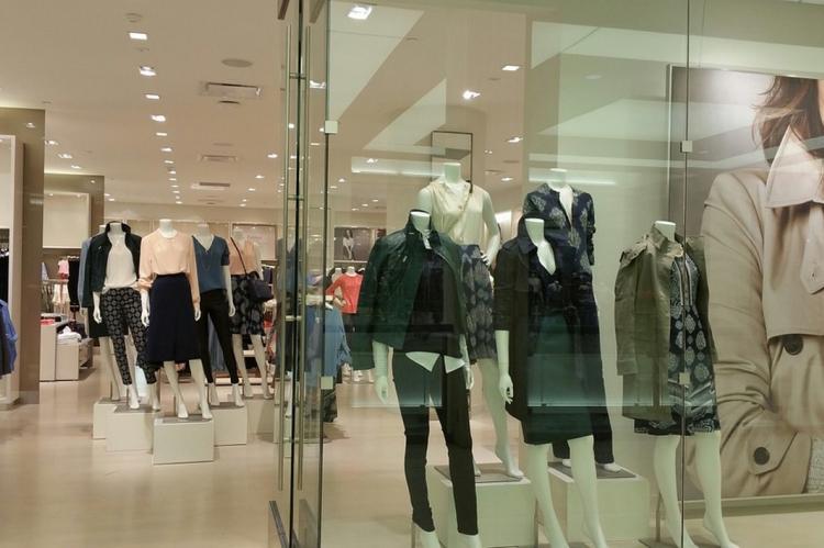 Торговый центр без покупателей