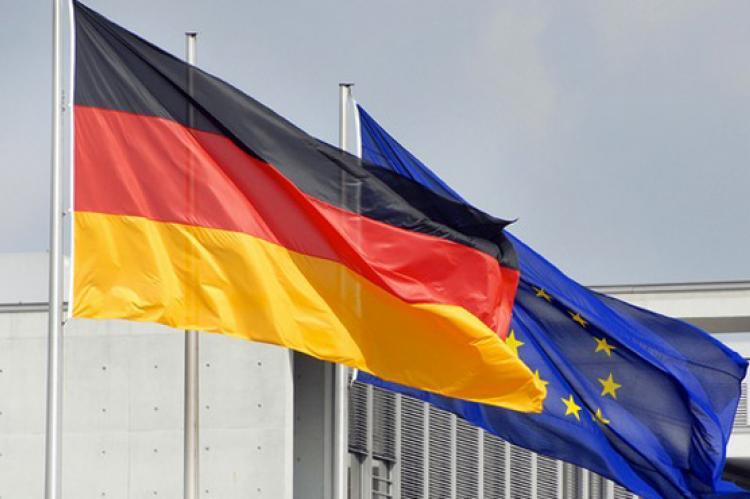 Флаги ЕС и Германии