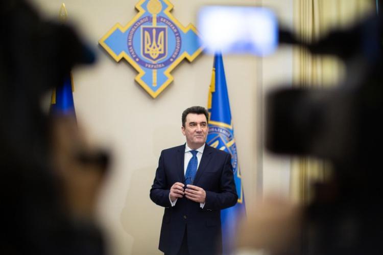 На Украине назвали основные версии крушения самолета в Иране
