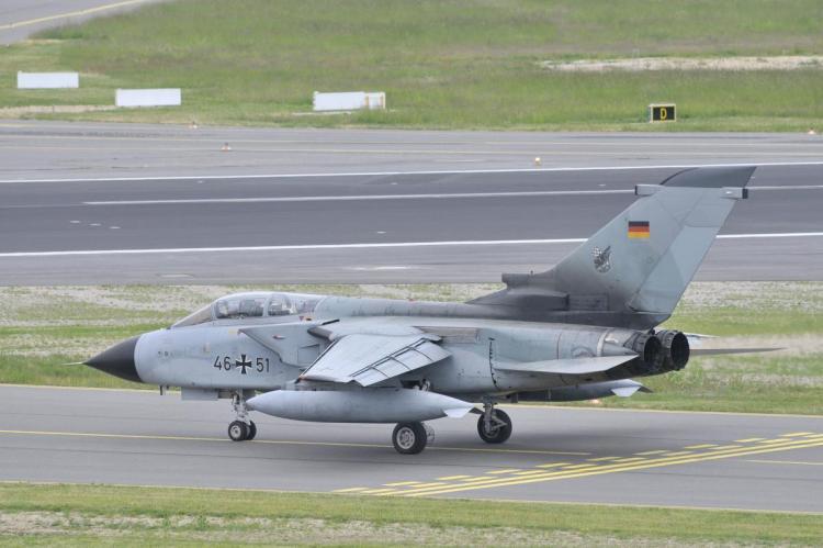 Истребитель-бомбардировщик Tornado