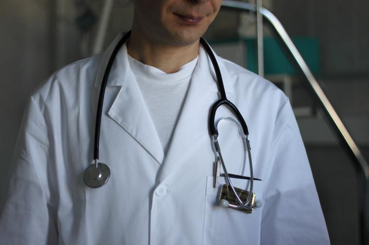 Российские медики не доверяют официальной статистике по коронавирусу