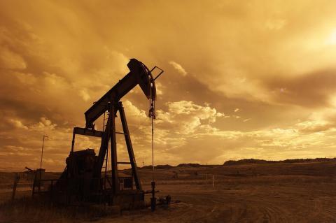 Нефть может подешеветь перед заседанием ОПЕК+