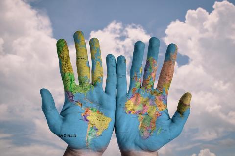 Владимир Путин поручил создать Атлас мира без географических искажений