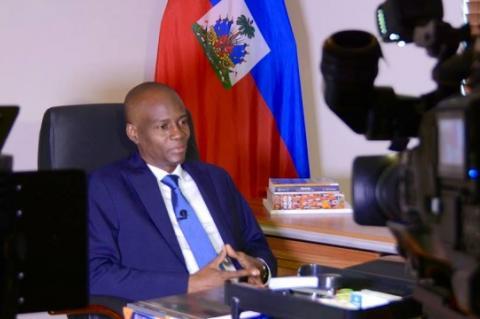 Президент Гаити принял отставку правительства страны
