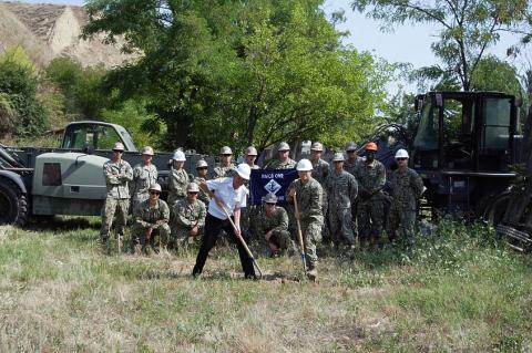 Украина заявила о строительстве двух военных баз по стандартам НАТО в Донбассе