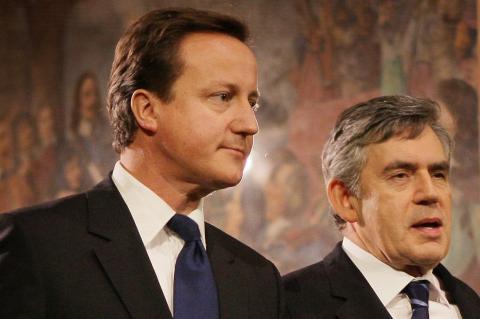 Спаситель Великобритании предлагает мировое временное правительство