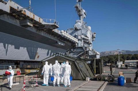 Более 1000 моряков авианосца «Шарль де Голль» заразились коронавирусом