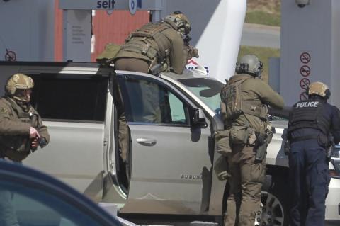 стрельба в канаде, 16 трупов