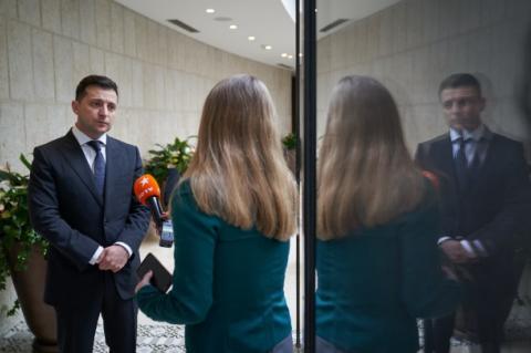 Зеленский обратился к мировым лидерам из-за антисемитизма