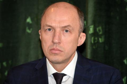 Заподозренный в запое российский губернатор объяснил свое отсутствие