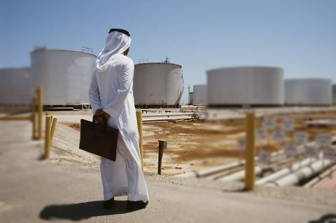 Саудовская Аравия испытывает проблемы из-за нефтяной войны с Россией