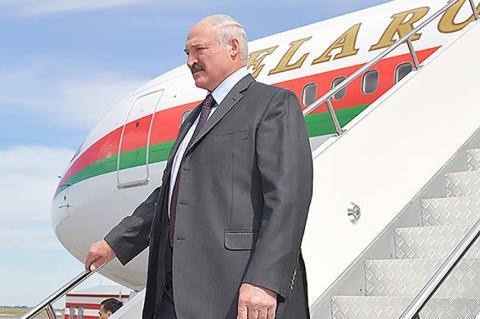 В Германии рабочие отказали Лукашенко в обслуживании самолета