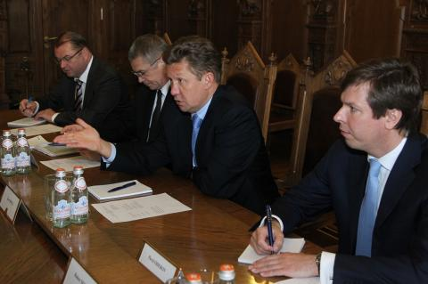 """Немцы предложили """"Газпрому"""" продать """"Северный поток-2"""""""
