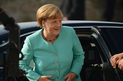 Ангела Меркель давай, до свидания