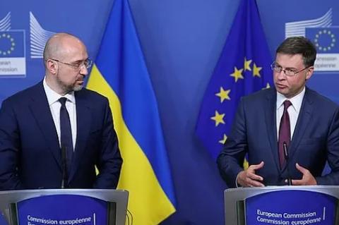 Евросоюз выделит Украине €1,2 млрд на борьбу с COVID-19