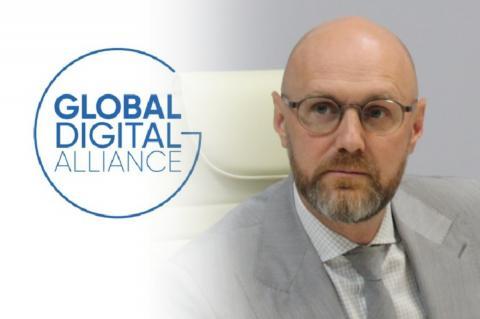 Председатель Совета Фонда защиты прав инвесторов в иностранных государствах Ярослав Богданов