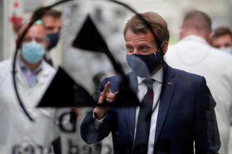 Франция перед началом эпидемии коронавируса уничтожила 1,6 миллиарда медицинских масок