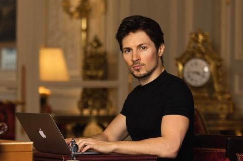 Дуров раскритиковал Apple за монополию на распространение приложений