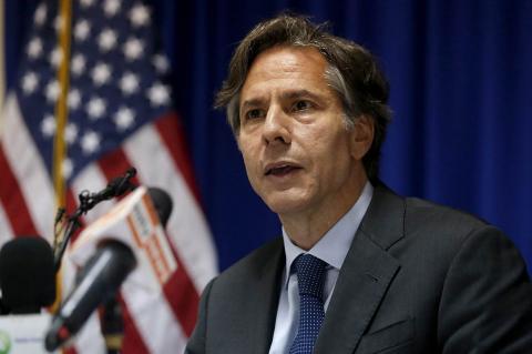 """Politico: США предупредили Украину о последствиях от критики """"Северного потока-2"""""""