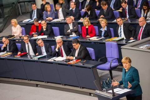 """Германия готовит ответ на новые санкции США по """"Северному потоку — 2"""""""
