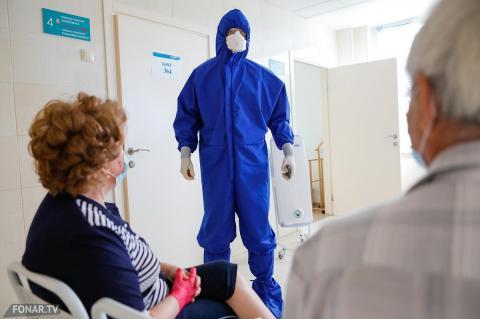 Биолог заявила о связи заболеваемости COVID-19 в России с погодой