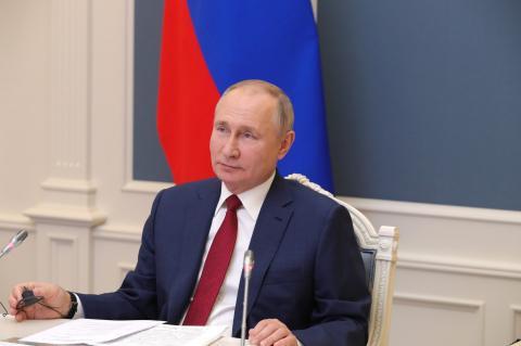Путин в Давосе предупредил о риске войны всех против всех