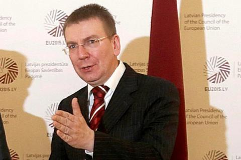 МИД Латвии счел неприемлемым «умоляющий» тон письма стивидоров к России с просьбой вернуть грузопоток