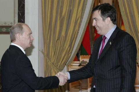 Саакашвили рассказал о разговоре с Путиным в темной комнате