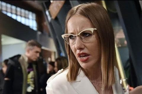 Собчак попала в глупое положение, посмеявшись над представителем МИД РФ Марией Захаровой