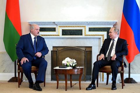 Путин и Лукашенко договорились не индексировать цену газа для Белоруссии в 2022 году