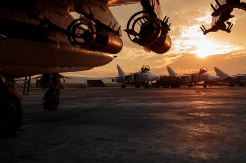 Истребитель ВКС России случайно атаковал проиранских ополченцев в Сирии