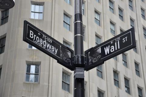 Уолл-Стрит «наводит мосты» к биткоину - аналитик Etoro