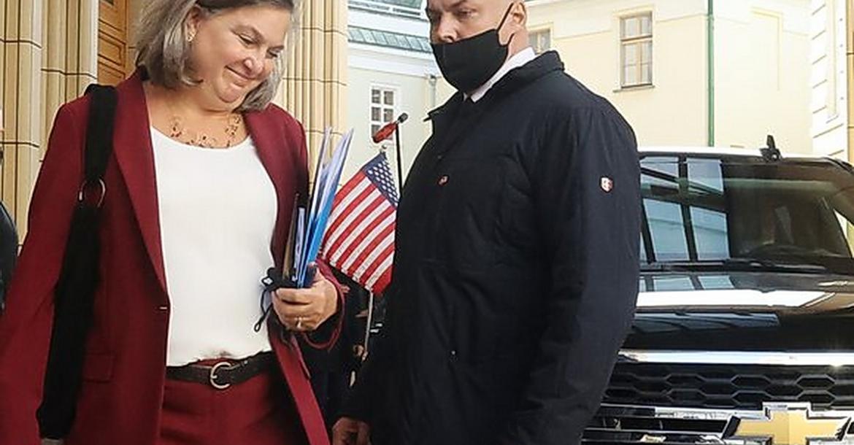 Виктория Нуланд в Москве